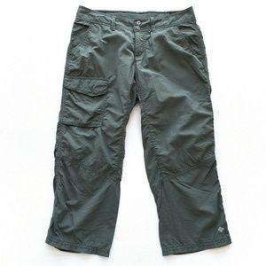 Columbia Omni Shade Capri Hiking Pants Size 4